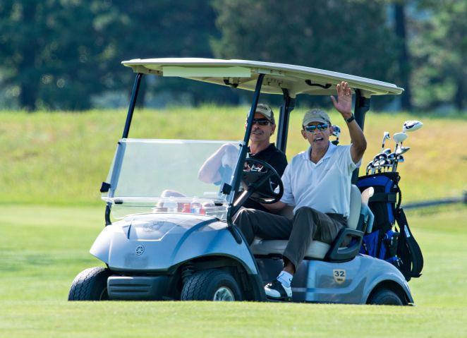 Obama playing golf